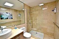 PS Apartment Mogan in Tauro bathroom