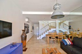 PS Apartment Mogan in Tauro livingroom